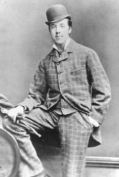 Oscar_Wilde_1854-1900_by_Hills__Saunders_Rugby__Oxford_3_april_1876